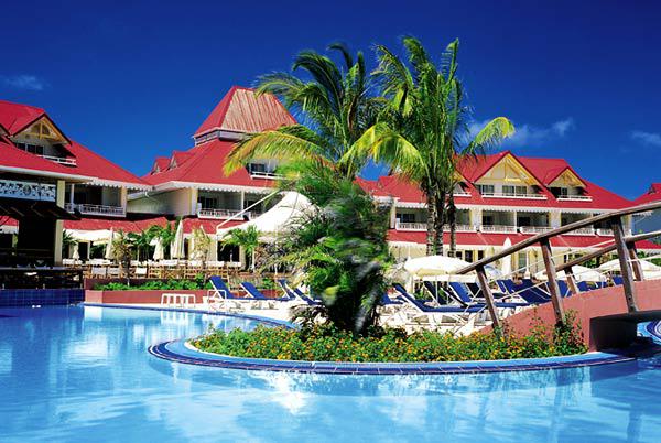 Club de vacances avec piscine