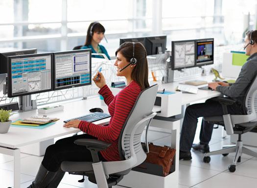 Choisir un bureau de travail adapt et ergonomique communiqu ilak - Jeu de travail au bureau ...